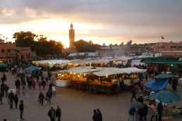 Let's get to know the Jemaa el-Fna square - Wandering Life