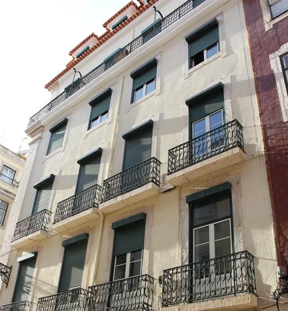 Building where Fernando Pessoa met Ofélia Queirós
