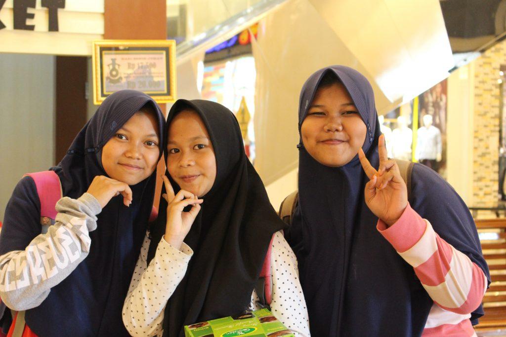 Javanese smiles, Indonesia