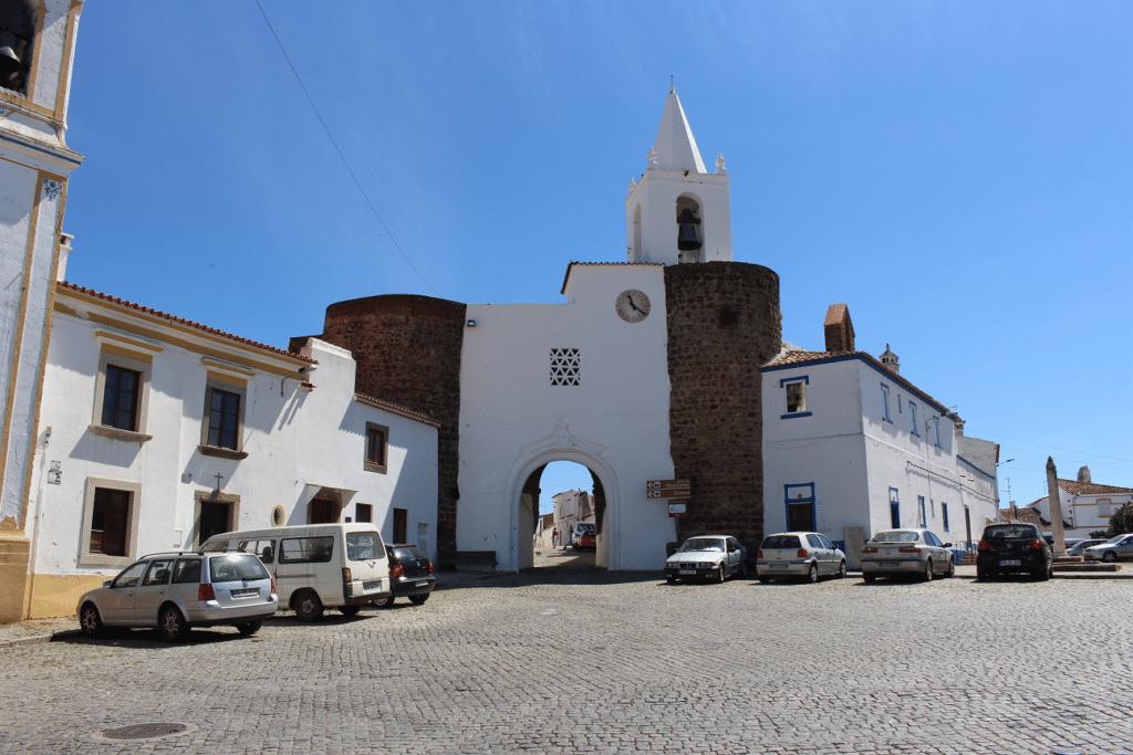 Castelo do Redondo Viagem ao Redondo